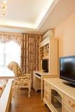 Interiore costoso di lusso della camera da letto Fotografie Stock