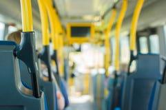 Interiore del bus della città immagini stock libere da diritti