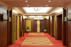 Interiore del corridoio dell'albergo di lusso Fotografia Stock Libera da Diritti