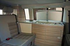 Interiore del furgone di campeggiatore Fotografie Stock Libere da Diritti