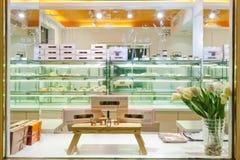 Interiore del negozio della torta Fotografia Stock Libera da Diritti