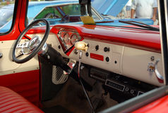 Interiore dell'automobile antica Immagini Stock