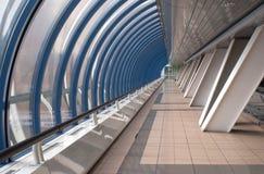 Interiore dell'estratto moderno della costruzione orizzontale Fotografia Stock Libera da Diritti