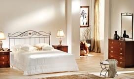Interiore della camera da letto lussuosa Immagini Stock