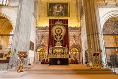 Interiore della cattedrale della Siviglia Fotografie Stock Libere da Diritti