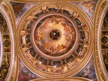 Interiore della cattedrale della st Isaac Fotografia Stock