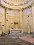Interiore della chiesa a Bruxelles immagini stock libere da diritti