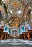 Interiore della chiesa di Sant Ambrogio. immagine stock libera da diritti