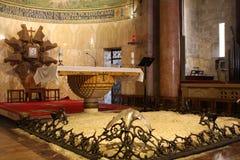 Interiore della chiesa di tutte le nazioni fotografia stock