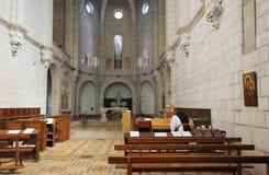 Interiore della chiesa nel monastero Latrun immagini stock libere da diritti