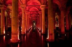 Interiore della cisterna della basilica a Costantinopoli immagine stock libera da diritti