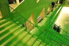 Interiore della costruzione del corridoio di città Fotografia Stock