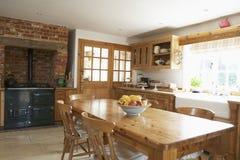 Interiore della cucina di Farmouse Fotografia Stock Libera da Diritti