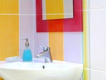 Interiore della stanza da bagno - bacino fotografia stock libera da diritti