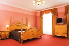 Interiore della stanza dell'albergo di lusso Fotografie Stock Libere da Diritti