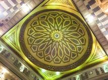 Interiore di Al Nabawi di Masjid (moschea) in Medina Fotografie Stock