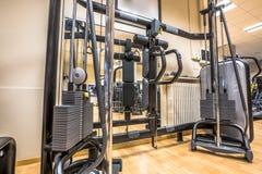 Interiore di ginnastica moderna Immagini Stock Libere da Diritti