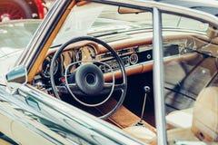 Interiore di lusso dell'automobile Immagine Stock
