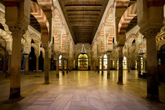 Interiore di Mezquita a Cordova Fotografie Stock