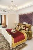 Interiore di una camera da letto di modo Immagine Stock Libera da Diritti