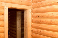 Interiore di una casa di legno Immagine Stock