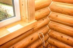 Interiore di una casa di legno Fotografia Stock Libera da Diritti