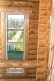 Interiore di una casa di legno Fotografia Stock