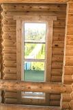 Interiore di una casa di legno Fotografie Stock Libere da Diritti