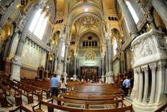 Interiore dorato del Notre-Dame-de-Fourviere. Immagini Stock