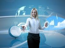 Interiore futuristico dell'interfaccia bionda attraente Fotografia Stock