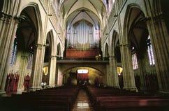 Interiore gotico della chiesa Fotografia Stock