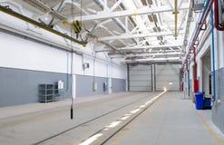 Interiore industriale del magazzino Immagine Stock Libera da Diritti