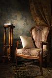 Interiore lussuoso dell'annata con la poltrona Fotografie Stock Libere da Diritti