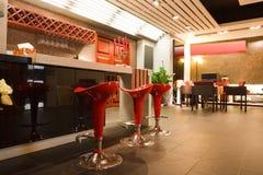 Interiore moderno del ristorante o della barra Immagini Stock