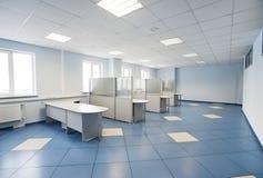 Interiore normale dello spazio di ufficio Immagini Stock Libere da Diritti