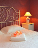 Interiore romantico della camera da letto Fotografie Stock