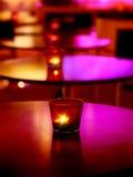 Interiore romantico di un ristorante di lusso Fotografie Stock Libere da Diritti