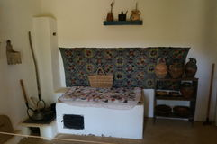 Interiore rumeno tradizionale della casa Fotografia Stock