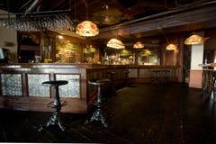 Interiore rustico della barra del Pub Immagine Stock Libera da Diritti