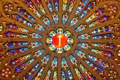 Interiore una chiesa cattolica Fotografie Stock Libere da Diritti