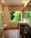 Interiores, banheiro moderno imagem de stock royalty free