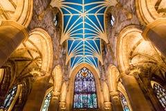 Interiores da catedral em Edimburgo fotografia de stock