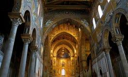Interiores de la catedral de Monreale en Sicilia Imagen de archivo libre de regalías