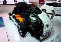 Interiores de Nissan Leaf nos carros de IAA Foto de Stock