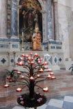 Interiores de Saint Andrew Cathedral, Venzone, Itália fotos de stock