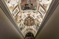 Interiores de salas de Raphael, museu do Vaticano, Vaticano Imagem de Stock Royalty Free