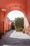 Interiores de Santa Catalina Monastery, Arequipa, Perú fotos de archivo libres de regalías