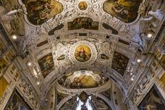 Interiores e detalhes de catedral de Siena, Siena, Itália Fotografia de Stock