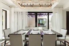 Interiores, sala de jantar Imagens de Stock Royalty Free