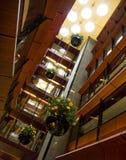 Interiori del centro commerciale Immagini Stock